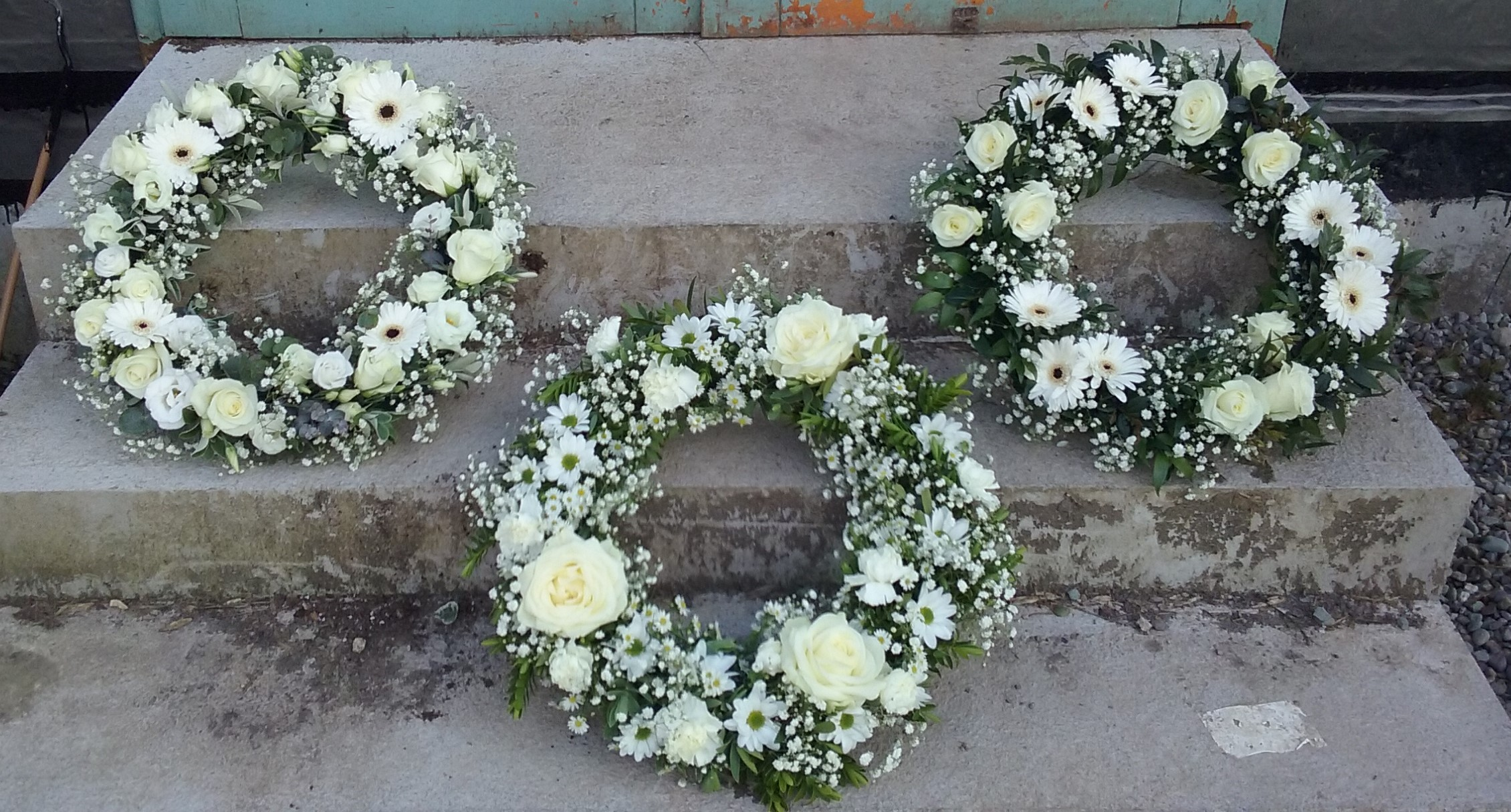 Funeral remembrance flowers the secret garden cork kerry classic white large wreaths izmirmasajfo